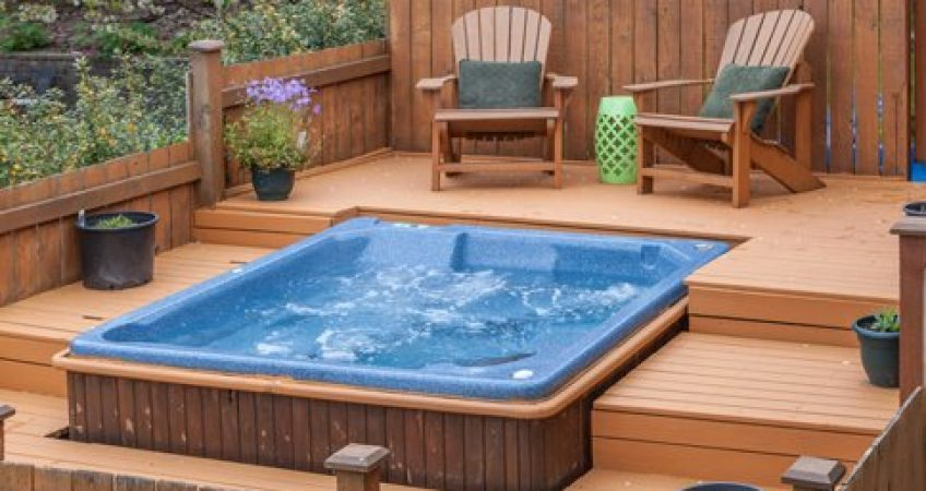 Pros and Cons to Adding a Hot Tub – Amvico
